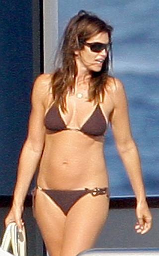Cindy Crawford Bikini Pictures