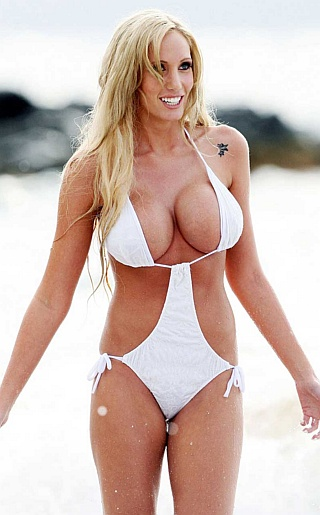 Jenna Bentley Bikini Pictures