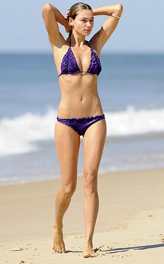 Jessica Hart Bikini Pictures
