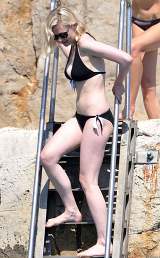 Kirstin Dunst Bikini Pictures