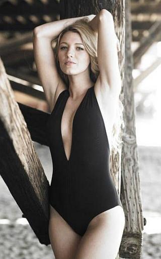 Blake Lively Bikini Pictures