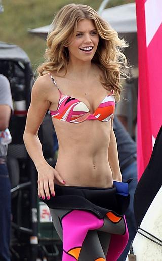 AnnaLynne McCord Bikini Pictures