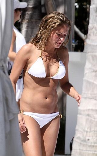 Cindy Taylor Bikini Pictures