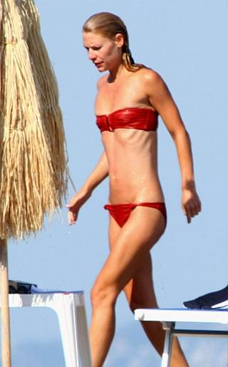 Claire Danes Bikini Pictures