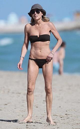 Claire Chazel Bikini Pictures