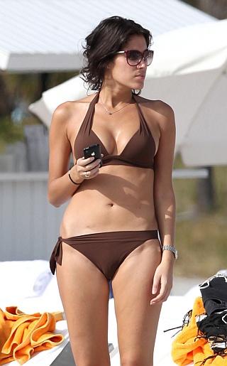 Laurie Cholewa Bikini Pictures