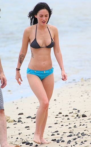 Megan Fox Bikini Pictures. Happy Monday! Yeah it's the Lance Man back from a ...