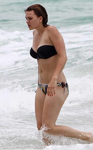 Aimee Teegarden Bikini Pictures