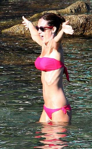 Silvia Toffanin Bikini Pictures