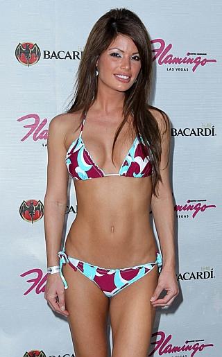 Laura Croft Bikini Pictures