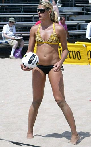 Morgan Beck Bikini Pictures