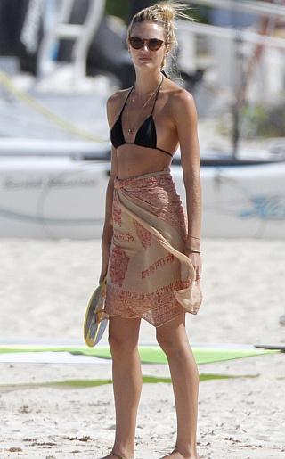 Candice Swanepoel Bikini Pictures