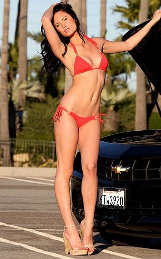 Monique Weingart Bikini Pictures