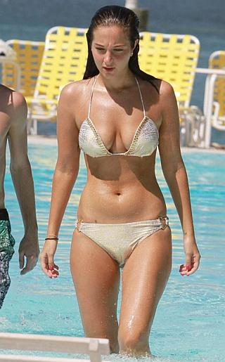 Tulisa Contostavlos Bikini Pictures