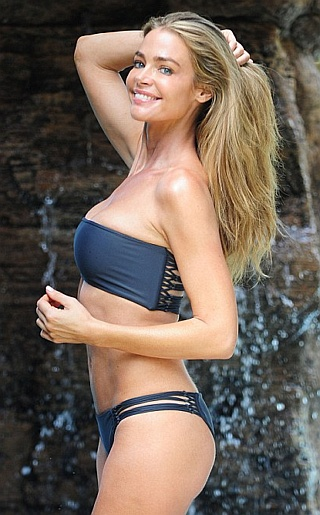 Denise Richards Bikini Pictures