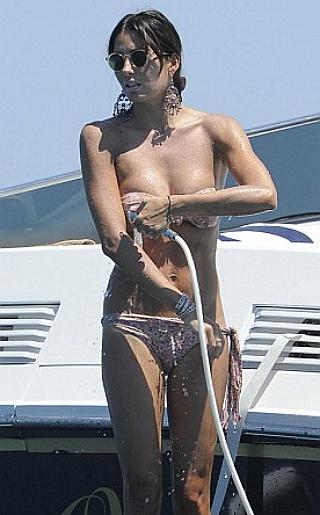 Elisabetta Gregoraci Briatores Bikini Pictures