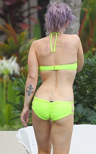 HERE Kelly Osbourne Pictures