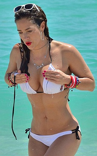 Jennifer Nicole Lee Bikini Pictures