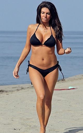 Pia Rizza Bikini Pictures