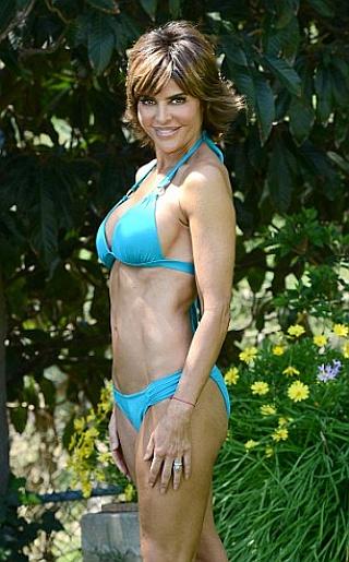 Lisa Rinna Bikini Pictures