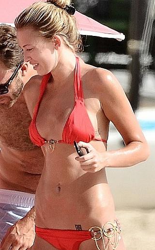 Paulina Gretzky Bikini Pictures
