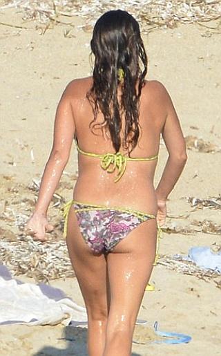 Penelope Cruz Bikini Pictures