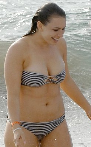 Sophie Simmons Bikini Pictures