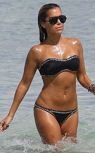 Sylvie Vandervaart Bikini Pictures