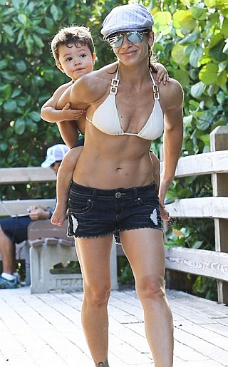 Jillian Michaels Bikini Pictures