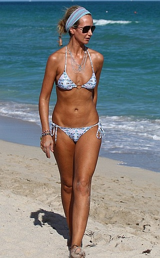 Lady Victoria Hervey Bikini Pictures