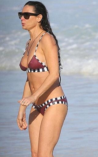 Demi Moore Bikini Pictures