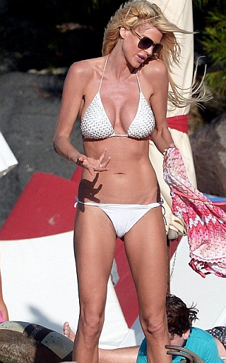 Victoria Silvstedt Bikini Pictures