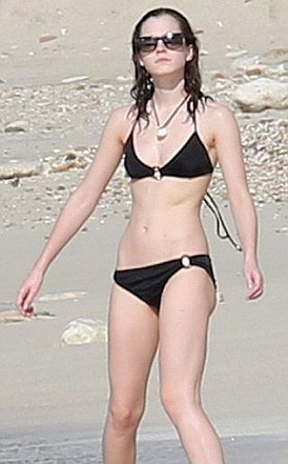 Emma Watson Bikini Pictures