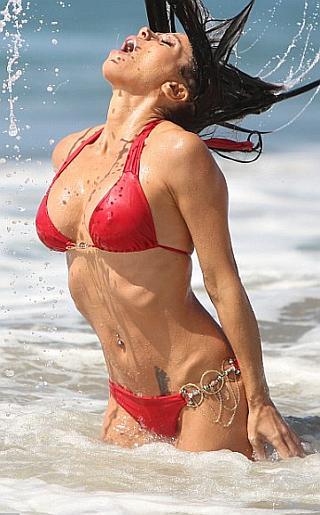 Carlton Gebbia Bikini Pictures