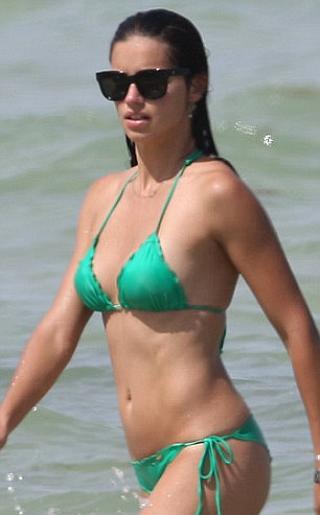 Adriana Lima Bikini Pictures