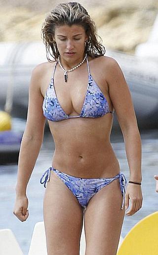 Amy Willerton Bikini Pictures