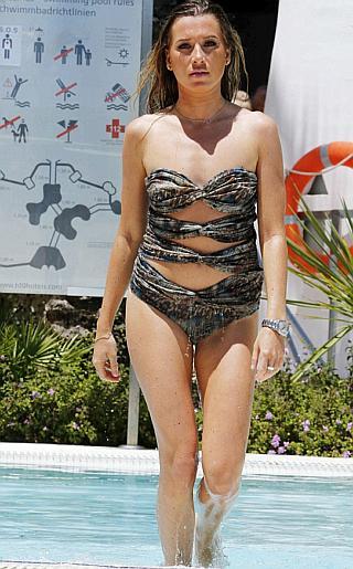 Robyn Althasen Bikini Pictures